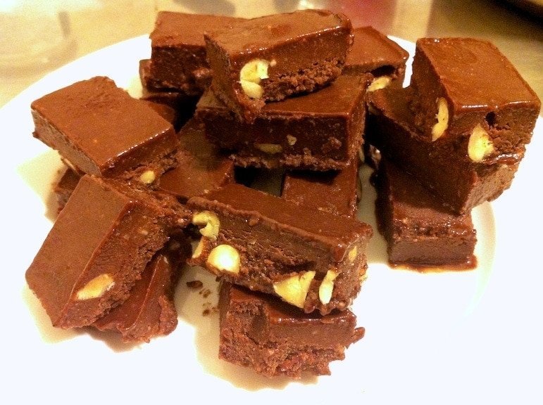 close up numerous pieces of paleo chocolate fudge