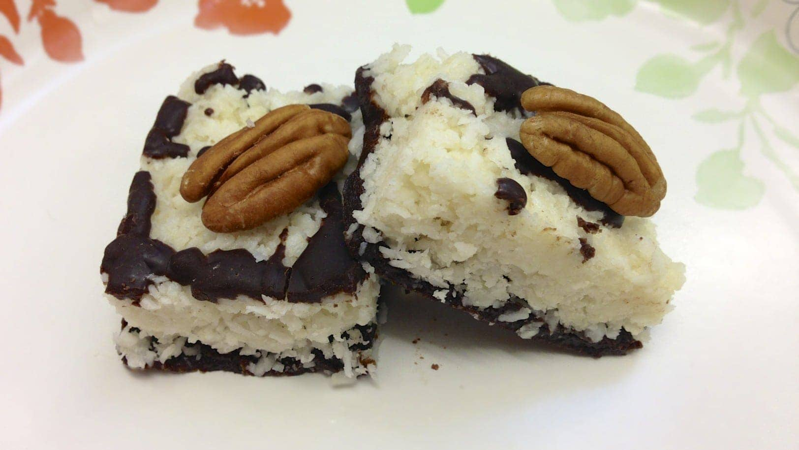 paleo chocolate coconut bar