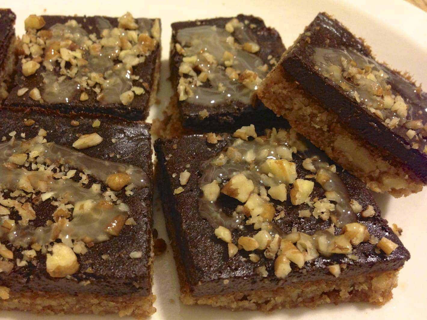 Pecan-Chocolate Squares Recipe — Dishmaps