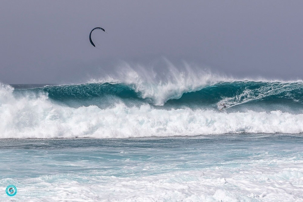 Adriana Harlan Kitesurfing Cabo Verde