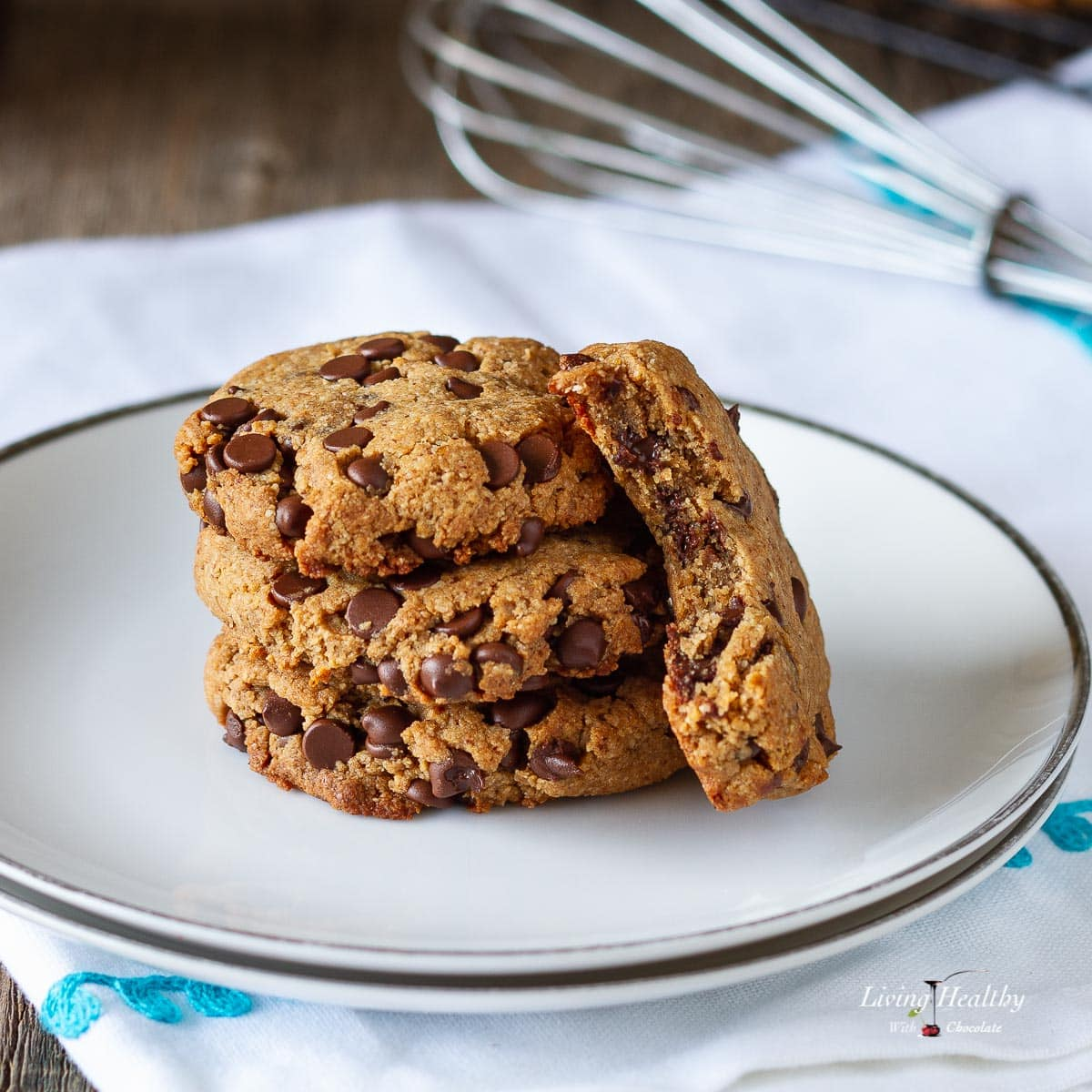 Egg-free Chocolate Chip Cookies (Paleo, Vegan, dairy-free, grain-free, gluten-free) by #LivingHealthyWithChocolate